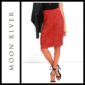 Moon River Vixen Rust Red Suede Midi Skirt NWT